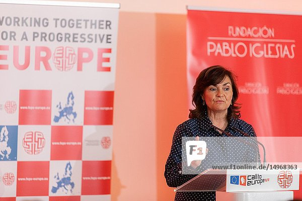 The Vice President of the Government  Carmen Calvo attended the first day of the European Socialist Convention at the Reina Sofia Museum in Madrid.