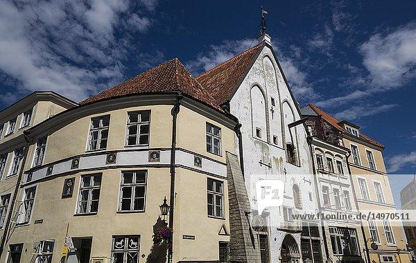 Old Town architecture adjacent to Town Hall Square. Tallinn. Estonia  Baltic States.