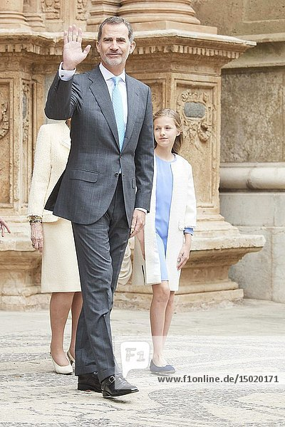 King Felipe VI of Spain  Crown Princess Leonor  Queen Sofia of Spain leave Cathedral of Palma de Mallorca after the Easter Mass on April 21  2019 in Palma  Spain