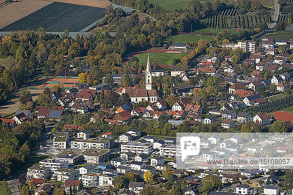 Germany  Baden-Wuerrttemberg  Lake Constance  Oberteuringen  village view with church St. Martin