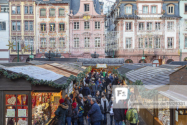 Christmas Market  Mainz  Rhineland-Palatinate  Germany  Europe