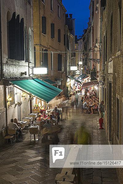 Venice cafes restaurants and street life  Venice  UNESCO World Heritage Site  Veneto  Italy  Europe