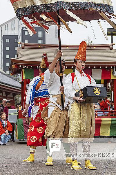 Hakucho White Swan (White Heron) festival  Sensoji Temple  Asakusa  Tokyo  Japan  Asia