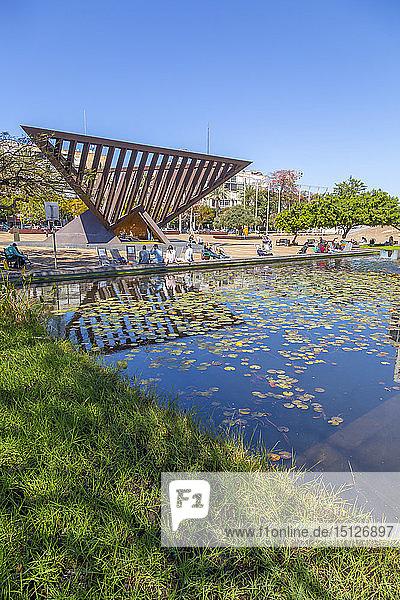 View of Rabin Square pond  Tel Aviv  Israel  Middle East