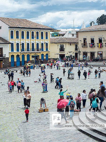 Plaza San Francisco  Quito  Ecuador  South America