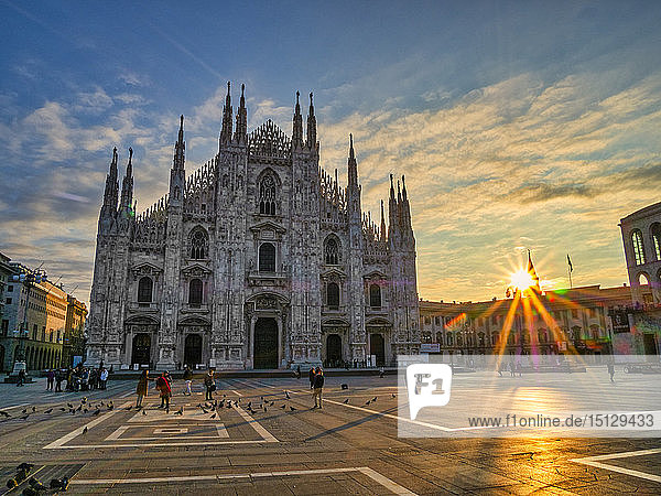 St. Mary of Nativity Cathedral (Duomo) at sunrise  Milan  Lombardy  Italy  Europe