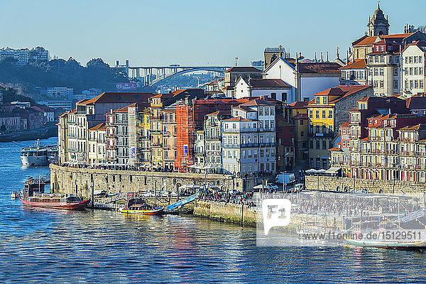 Douro River and Ribeira district  UNESCO World Heritage Site  Porto  Portugal  Europe