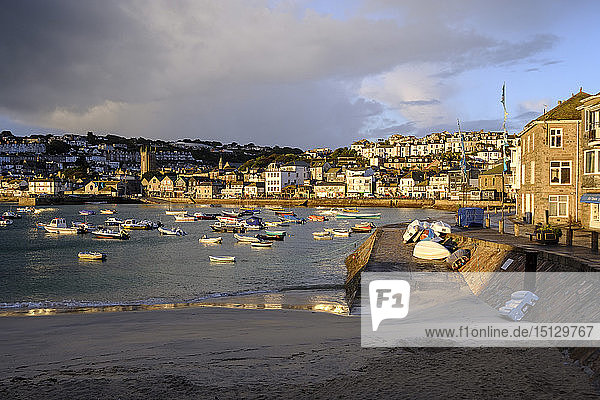 Early morning view across the harbour at the popular and scenic town of St. Ives  Cornwall  England  United Kingdom  Europe