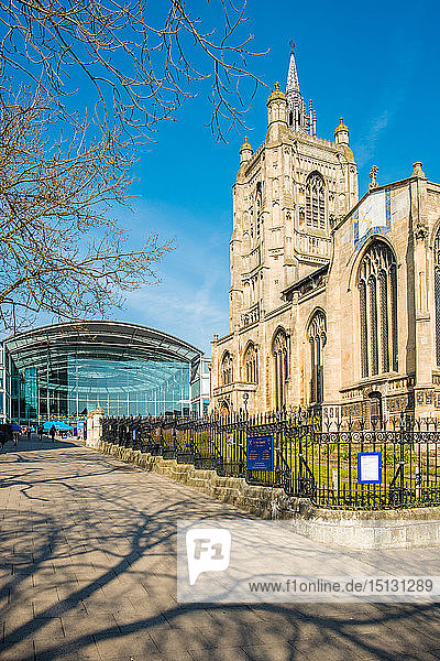 The Forum shopping mall and St. Peter Mancroft church in Norwich City centre  Norwich  Norfolk  East Anglia  England  United Kingdom  Europe