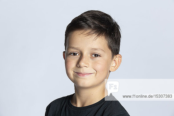 Porträt lächelnder Junge