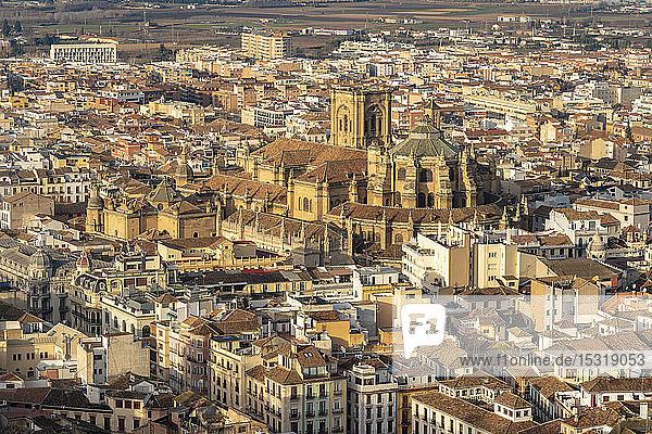 Blick über Albayzin und die Kathedrale von Granada  Spanien