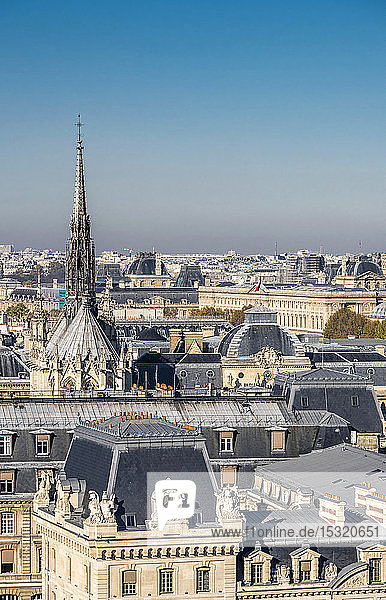 France  Paris  4th arrondissement  Ile de la Cite  view on the Prefecture de police (police headquarters) and the Sainte-Chapelle from the towers of the Cathedral Notre-Dame