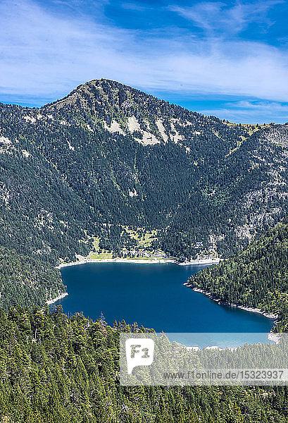 France  Hautes-Pyrenees  Haute Vallee d'Aure  Neouvielle National Nature Reserve  the Oredon lake seen from the Cap de Long dam