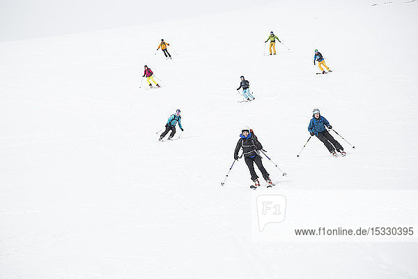 Skifahrer auf der Piste