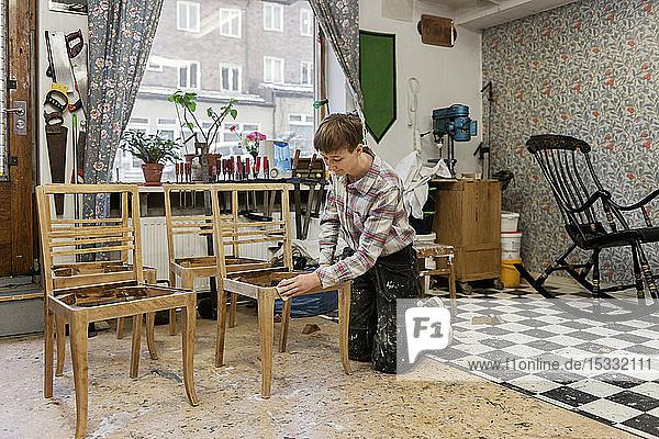 Carpenter sanding chair