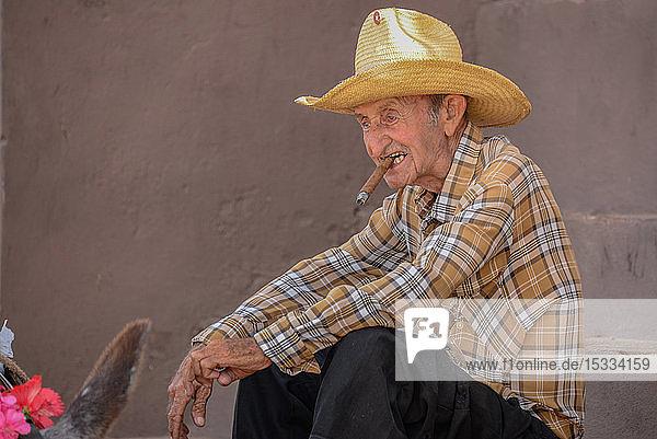 Amerika  Karibik  Kuba  Trinidad  Männerporträt