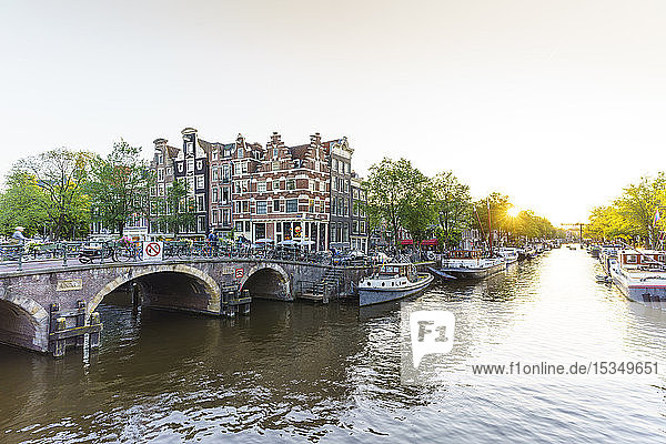 Sunset  Brouwersgracht Canal  Amsterdam  North Holland  The Netherlands  Europe