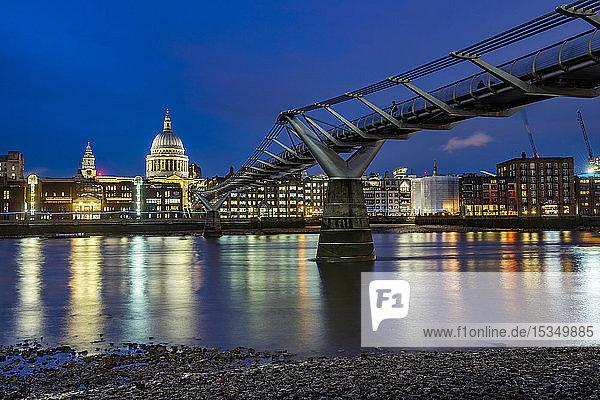 St. Pauls Cathedral and Millennium Bridge at night  City of London  London  England  United Kingdom  Europe
