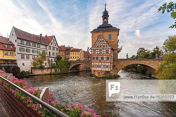 Old townhall with Geyersworthsteg wooden bridge  Bamberg  UNESCO World Heritage Site  Bavaria  Germany  Europe