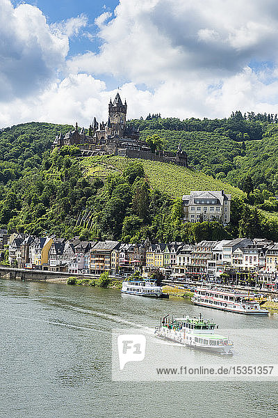 Imperial castle of Cochem on the Moselle  Moselle valley  Rhineland-Palatinate  Germany  Europe
