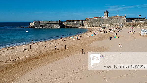 Torre Beach in Carcavelos  Lisbon region  Costa Verde  Portuguese Riviera  Portugal  Europe