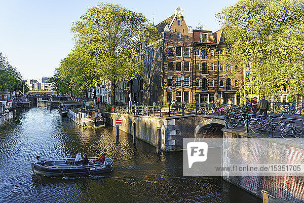 Early morning on Brouwersgracht Canal  Amsterdam  North Holland  The Netherlands  Europe