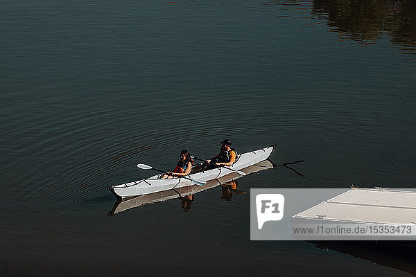 Friends kayaking in lake  Kaweah  California  United States