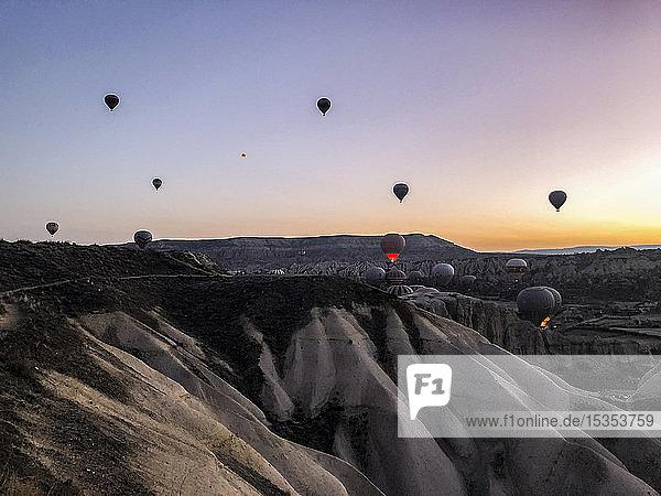 Heissluftballon �ber Göreme  Kappadokien  T�rkei