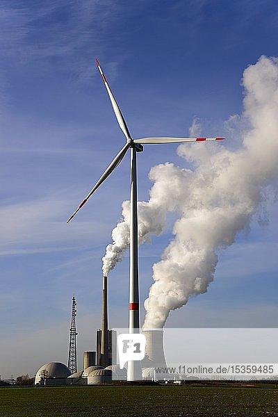 Windrad  Biogasanlage und Steinkohlekraftwerk  Mehrum  Peine  Niedersachsen  Deutschland  Europa