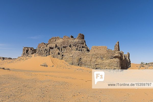 Ruine  Ksar  alte Siedlung in der Wüste  bei Timimoun  Algerien  Afrika