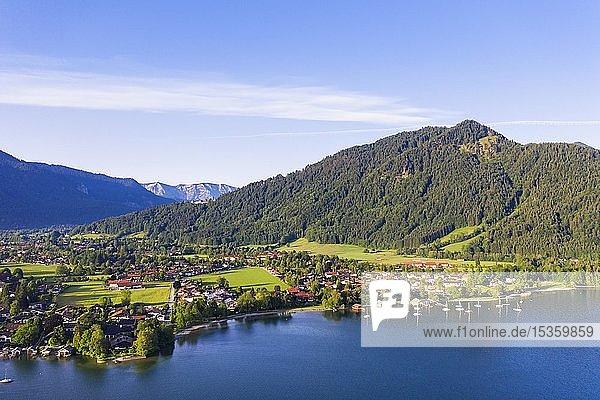 Rottach-Egern  Ortsteil Egern  Tegernsee  Berg Ringspitz  Drohnenaufnahme  Oberbayern  Bayern  Deutschland  Europa