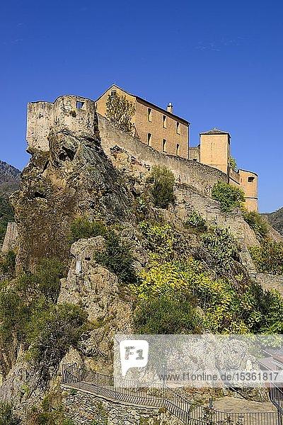 Zitadelle über der Altstadt  Corte  Korsika  Frankreich  Europa
