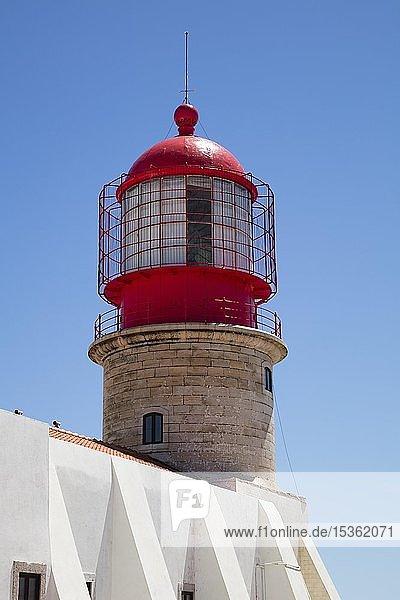 Leuchtturm  Cabo de Sao Vicente  Kap Sankt Vinzenz  Südwestlichster Punkt Europas  Algarve  Portugal  Europa