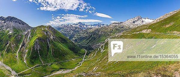 Bergige Landschaft  Furka-Pass  Schweiz  Europa
