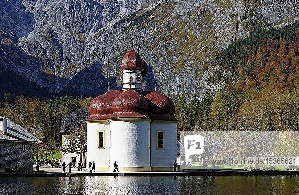 Wallfahrtskirche St. Bartholomä am Königssee  Nationalpark Berchtesgaden  Berchtesgadener Land  Oberbayern  Bayern  Deutschland  Europa