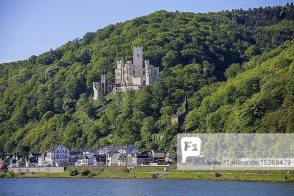 Schloss Stolzenfels  neugotische Hangburg bei Koblenz  Oberes Mittelrheintal  Rheinland-Pfalz  Deutschland  Europa