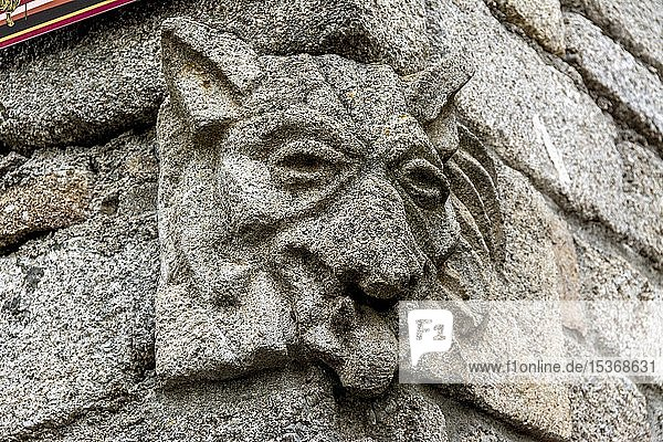 Skulptur der Bestie des Gévaudan  Saugues  Département Haute-Loire  Auvergne-Rhone-Alpes  Frankreich  Europa