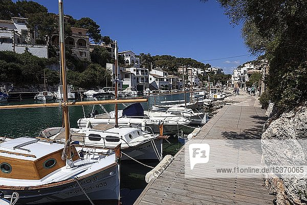 Fishing boats in the port of Cala Figuera  Majorca  Balearic Islands  Spain  Europe