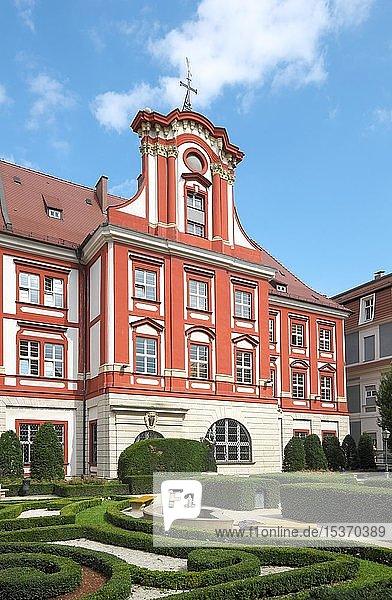 Ossolineum mit Barockgarten  Breslau  Polen  Europa