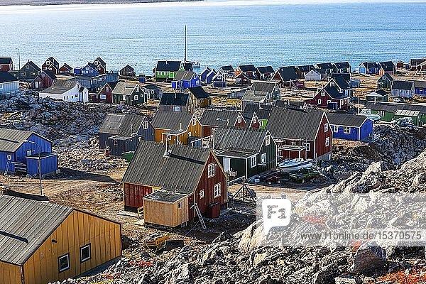 Ostgrönländische Stadt Ittoqqortoormiit  Scoresbysund  Ostgrönland  Grönland  Nordamerika