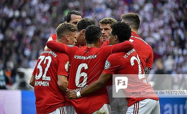 Torjubel beim FC Bayern München  76. DFB-Pokalfinale RB Leipzig  RBL  gegen FC Bayern München  FCB  Olympiastadion Berlin  Deutschland  Europa