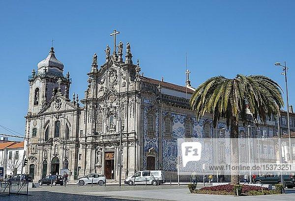 Kirche Igreja da Ordem Terceira de Nossa Senhora do Carmo  Platz Placa Carlos Alberto  Porto  Portugal  Europa