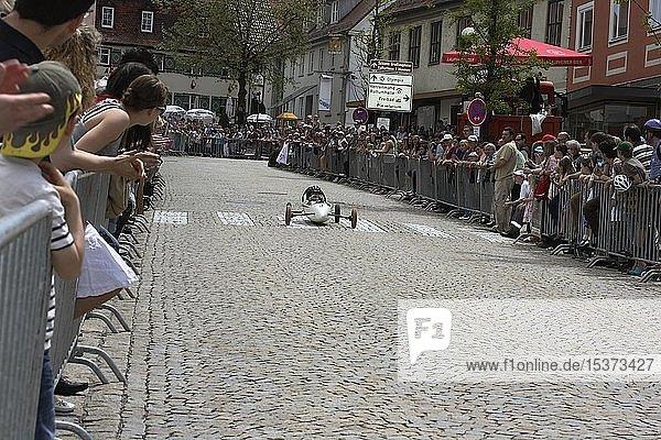 Seifenkiste  Seifenkistenrennen  Laupheim  Landkreis Biberach  Oberschwaben  Baden-Württemberg  Deutschland  Europa