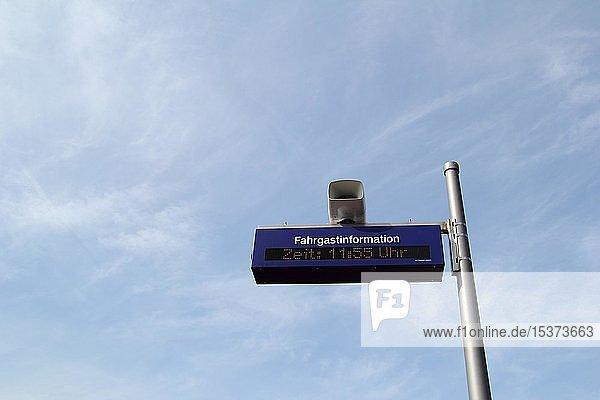 Fahrgastinformation  Bahnhof in Eriskirch  Baden-Württemberg  Deutschland  Europa