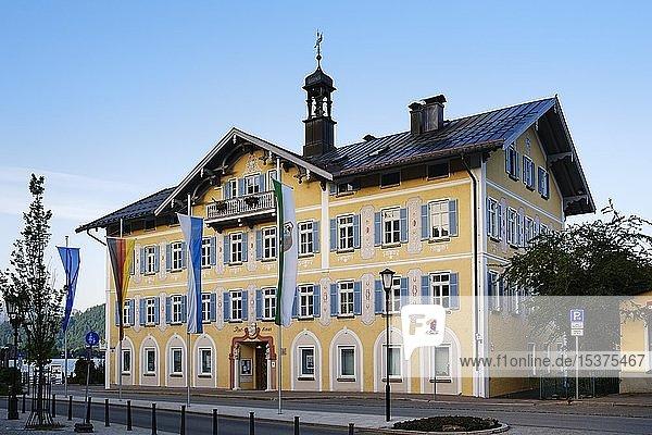 Rathaus in Tegernsee  Oberbayern  Bayern  Deutschland  Europa