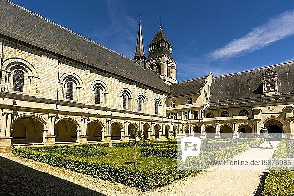 Grand moutier cloister of The Royal Abbey of Fontevraud Abbey  Fontevraud l'Abbaye  Maine-et-Loire  Pays de la Loire  France  Europe