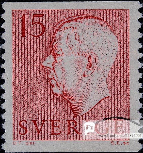 König Gustaf VI. Adolf  1882-1973; König von Schweden  Porträt auf einer schwedischen Briefmarke  Schweden  Europa