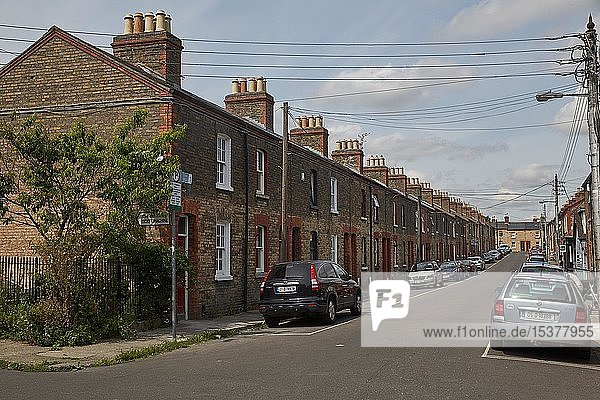 Traditionelle Wohnsiedlung  Backsteinhäuser  Dublin  Irland  Europa