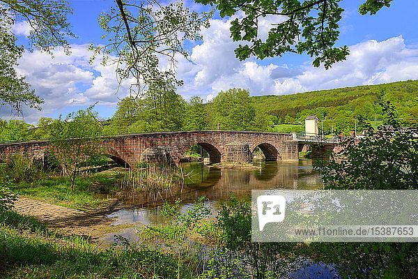 Deutschland  Bayern  Franken  Unterfranken  Gräfendorf  Wolfsmünster  Brücke über die Saale