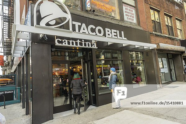 New York NY/USA-December 19  2018 A spanking brand new Taco Bell Cantina franchise in the Chelsea neighborhood of New York on Wednesday  December 19  2018. Taco Bell is opening smaller format Cantina and Urban In-Line restaurants throughout New York City with amenities such as wi-fi and local artwork with the Cantinas serving alcohol. (© Richard B. Levine).